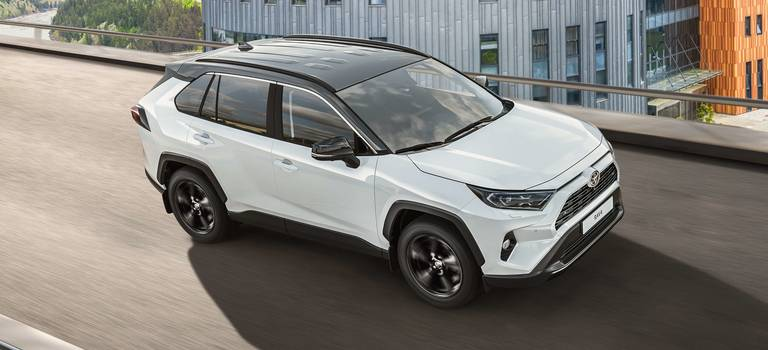 Toyota представляет новую версию кроссовера— RAV4 Style