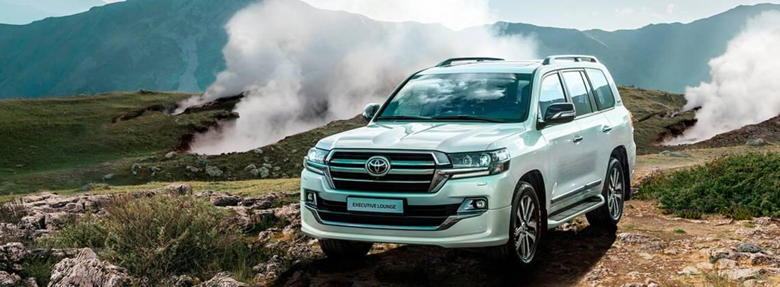 Toyota представила Toyota Land Cruiser 200 Executive Lounge