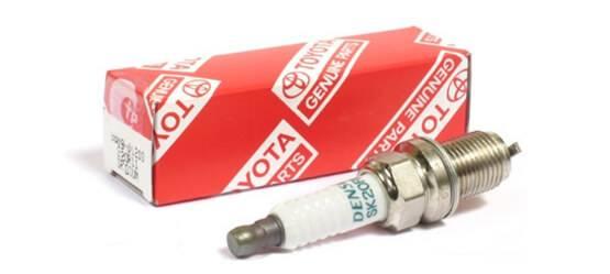 Замена свечей зажигания «Тойота»