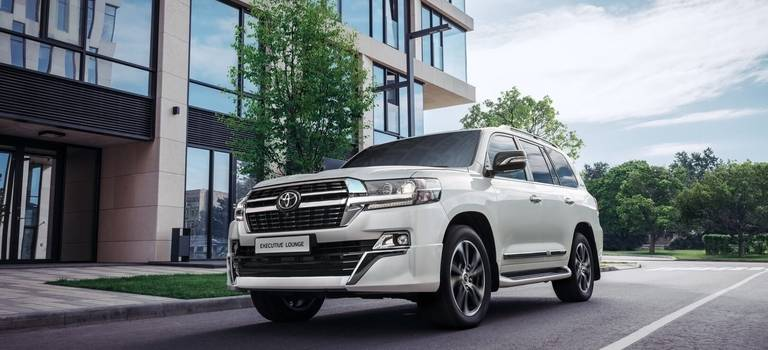 Обновленная версия Toyota Land Cruiser 200 Executive Lounge
