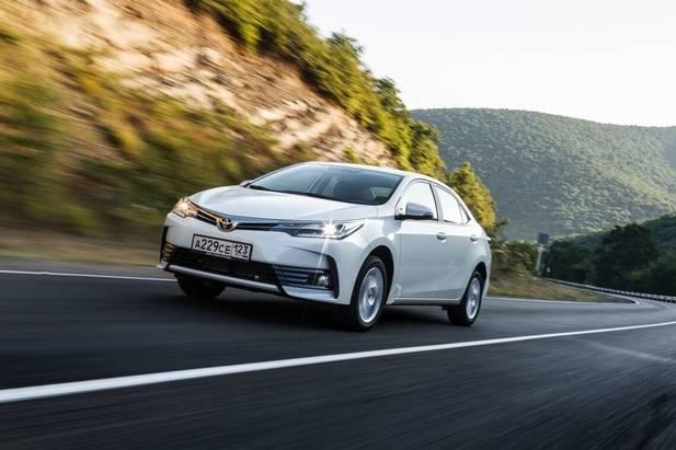 Новая Toyota Corolla— уже вшоу— руме Тойота Центр Минск