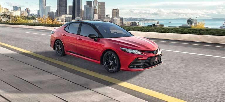 Обновленная Toyota Camry ускоряет события!