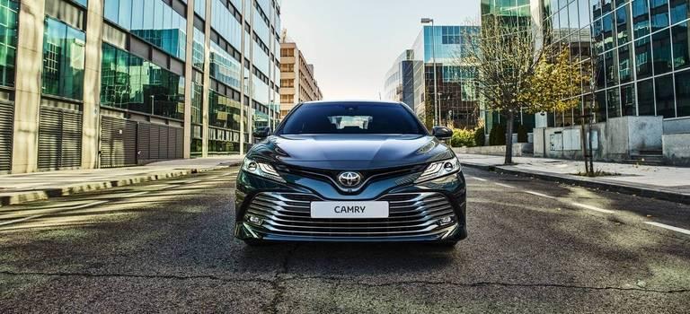 Обзор Toyota Camry