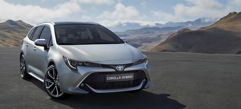 Toyota представила новую Короллу-универсал вПариже