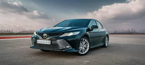 Абсолютно новую Toyota Camry представили ивановцам