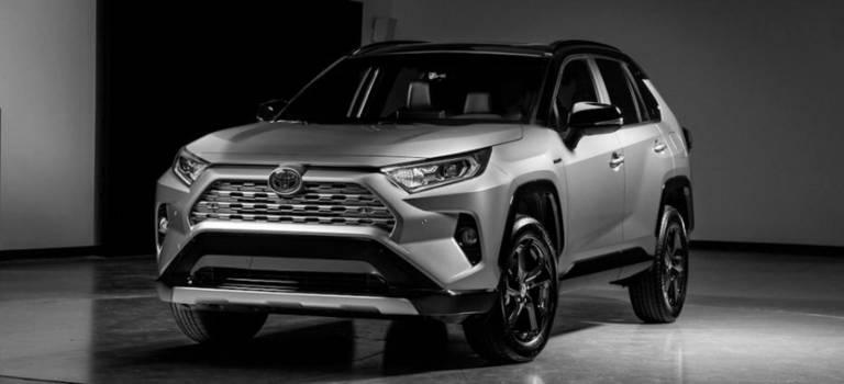 Toyota RAV4 нового поколения появится вРоссии всередине 2019 года
