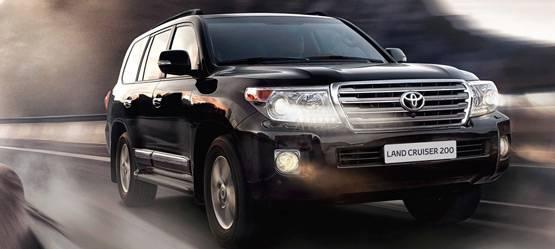 Toyota Land Сruiser 200 иToyota Hilux признаны лучшими всвоих сегментах впремии «Внедорожник года-2015»