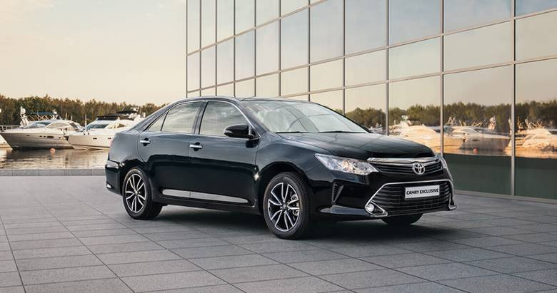 Toyota Camry Exclusive— уникальная комплектация сновым уровнем комфорта вдвижении