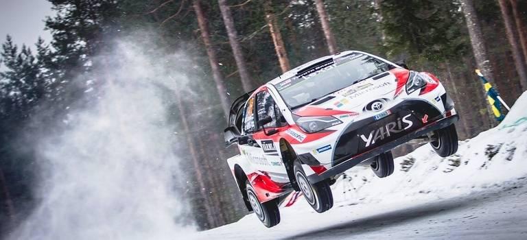 Команда Toyota GAZOO Racing одержала уверенную победу вовтором этапе чемпионата мира поралли.