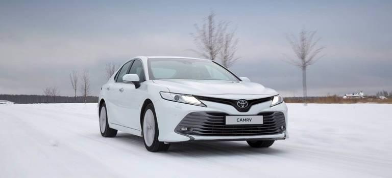 Что купить Toyota Camry или Mazda 6— сравнительный обзор моделей