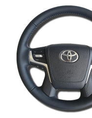 Запишитесь на тест-драйв Обновленного Toyota C-HR