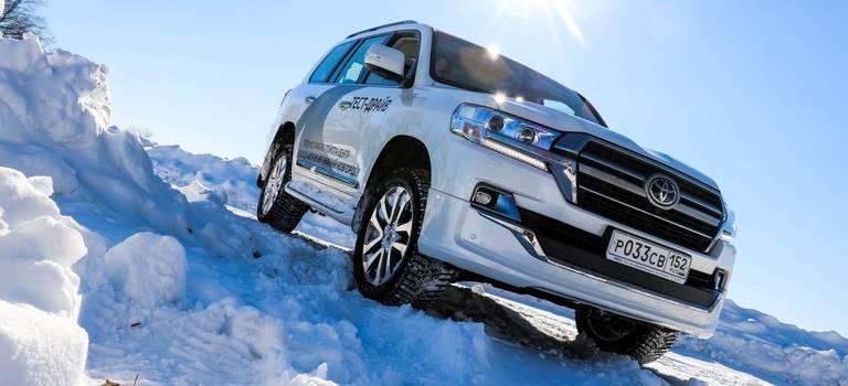 Приглашаем навнедорожный тест-драйв Toyota