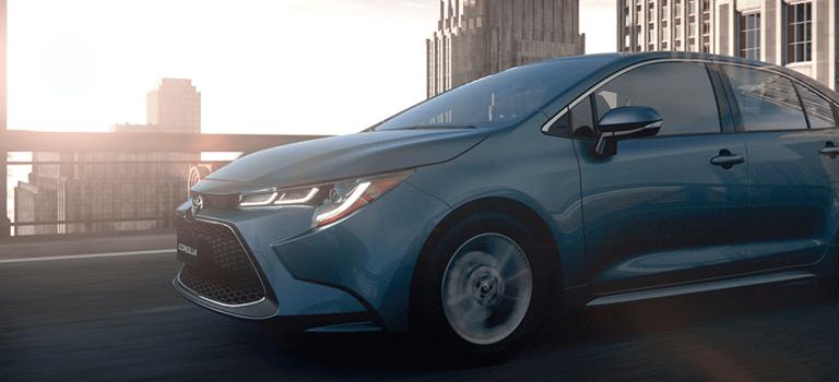 Представлен седан Toyota Corolla нового поколения