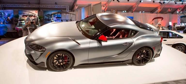 Первую Toyota Supra нового поколения оценили в10 Lamborghini Huracan