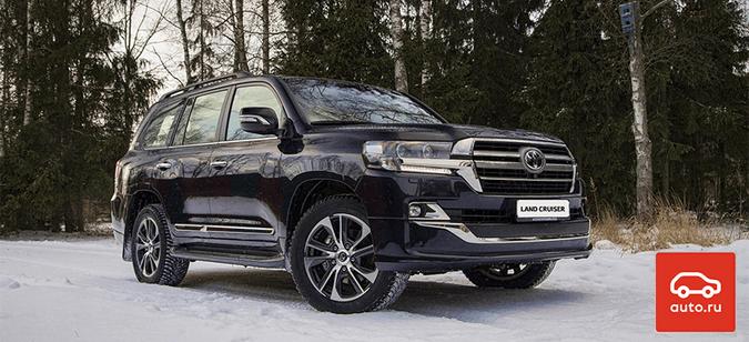 Toyota Land Cruiser признан самым желанным автомобилем вРоссии