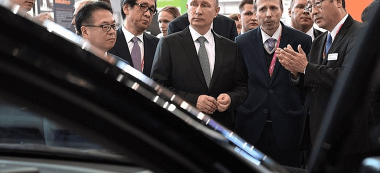 Toyota на«ИННОПРОМ-2017»: встреча навысшем уровне.