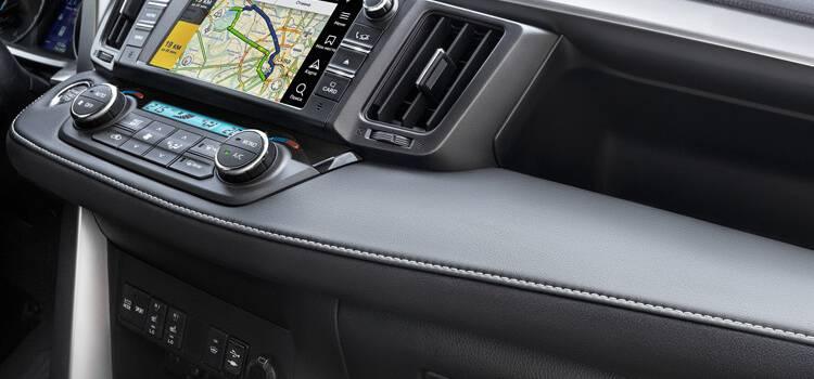Toyota сЯндекс. Авто— самый инновационный автопроект года!