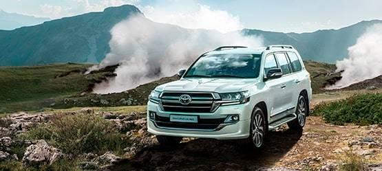 Toyota представляет новую топовую версию Land Cruiser 200 Executive Lounge