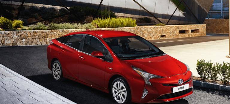 Новый Toyota Prius доступен для заказа