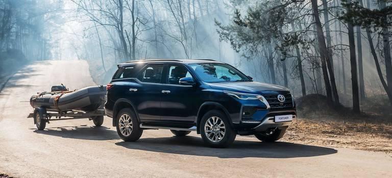 Начались продажи нового Toyota Fortuner смощным дизельным двигателем