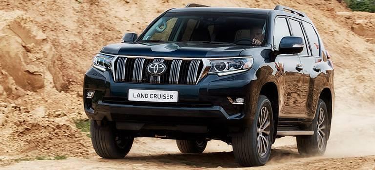 1 сегмент, 2 внедорожника— драйверы уверенного роста продаж Toyota