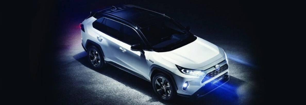 Toyota представила вНью-Йорке новое поколение RAV4