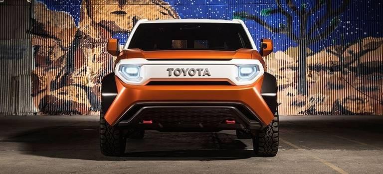 Toyota представила концептуальный кроссовер FT-4X намеждународном автосалоне вНью-Йорке.