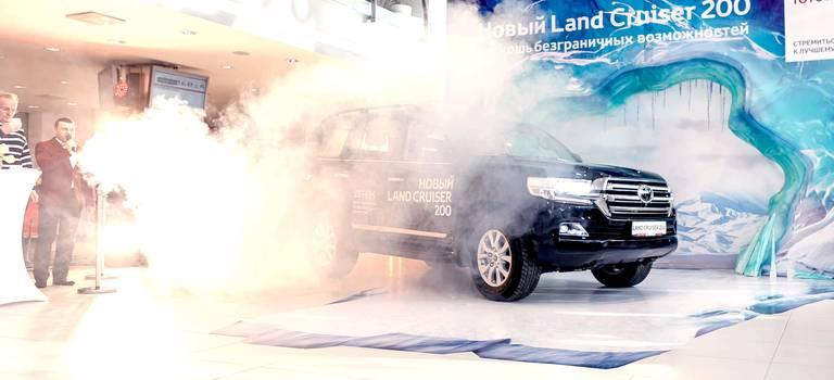 Состоялась грандиозная презентация НОВОГО Land Cruiser 200