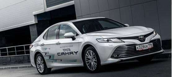 Видео-тест-драйва: абсолютно новая Toyota Camry