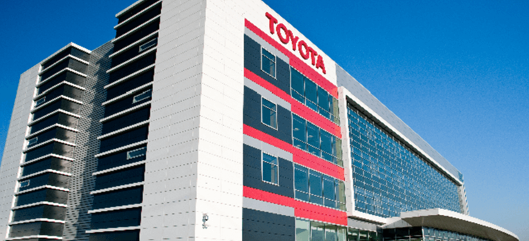 ООО«Тойота Мотор» передаст учреждениям здравоохранения 45 автомобилей для борьбы скоронавирусом