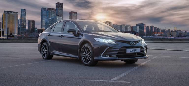 5апреля начинаются продажи обновленной Toyota Camry