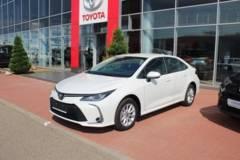 Toyota Corolla 1.6 CVT (122 л.с.) 2WD Комфорт