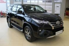 Toyota Fortuner 2.8d AT6 (177 л.с.) 4WD TRD