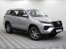 Toyota Fortuner 2.7 AT6 (166 л.с.) AWD Комфорт