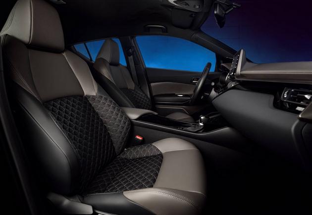 Обновленный Toyota C-HR